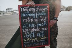 Military Homecoming Sign / welcome home / chalkboa Military Homecoming Signs, Homecoming Posters, Marine Homecoming, Military Signs, Military Love, Homecoming Dresses, Welcome Home Signs For Military, Welcome Home Daddy, Military Girlfriend Quotes