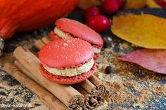 Macarons mit Pumpkin-Spice-Latte-Ganache.