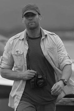 Jason (Lee)~its nice being on the other side of the camera...even if only on set lol!- courtesy Expendables
