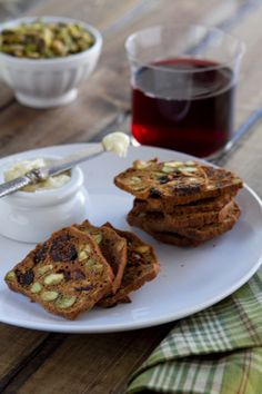 Fig-and-Pistachio-crackers-BC2 http://www.acommunaltable.com/fig-and-pistachio-crackers/