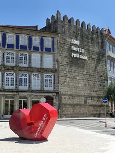 Guimaraes Portuguese, The Good Place, Multi Story Building, Hotels, Europe, Exterior, Earth, Mansions, House Styles