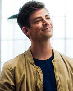 Grant Gustin as Kilorn (Rainha Vermelha) Celebrity Moms, Celebrity Crush, Grant Gusting, Barry Allen Flash, Berry Allen, The Flash Grant Gustin, Snowbarry, Cw Series, Fastest Man