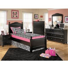 For a new monster high room....the walls are the wrong color but I like the pink and black combo.