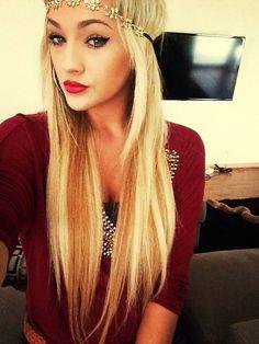 *Blonde hair <3