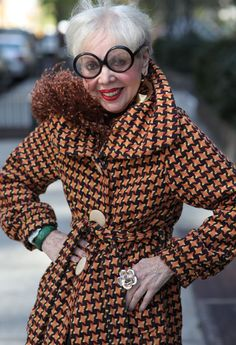 ADVANCED STYLE - from the glasses, wrap, pattern, ring & earrings, all flawless.