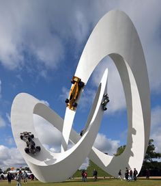 Gerry Judah designs Formula 1 Lotus Sculpture, 3D infinity loop.Editorial, world architecture news, architecture jobs