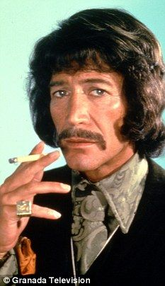 Peter Wyngarde - dit was zo'n beetje één van de meest sexy mannen op TV in de late jaren 60. Hij speelde de titelrol in de TV-serie Jason King.
