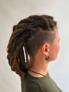 #dreads #hawk #style #viking #vikingstyle Dreads, Vikings, Creations, Style, The Vikings, Swag, Dreadlocks, Goddess Braids, Outfits