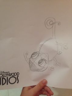 Bad quality... But Pascal sketch at Hollywood Studios!