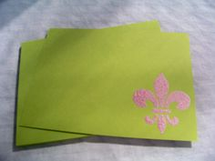 Preppy Fleur De Lis Notecards www.nawlinsgirldesigns.com  $12.99 set/8 Use Code: PIN10 for a 10% discount off your purchase!