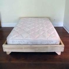 Camas hechas con palets de madera for Como hacer una cama alta de madera