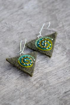 Green abstract & ethnic earrings. Textile earrings with hand-stitched spiral embroidery and silver beads. Woolen earrings.