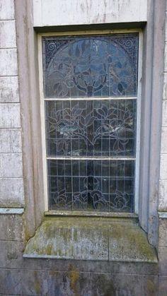 Schloss Varchentin-still intact glass art Glass Art, Sparkle, Projects, Glass Craft