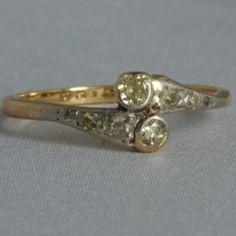 Antieke slagring met natuurlijke diamanten. Te koop bij Juwelista. Zie www.juwelista.nl
