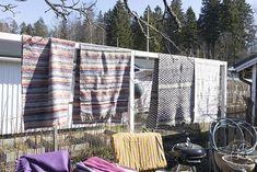 Oravankesäpesä: KEVÄTPUUHIA SIIRTOLAPUUTARHASSA. Picnic Blanket, Outdoor Blanket, Instagram, Picnic Quilt