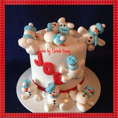 Drunken snowmen - by cakesbysarahtosney @ CakesDecor.com - cake decorating website