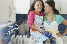 Comment laver un torchon très sale et très taché - Tout pratique Kitchen, Tips And Tricks, Cooking, Kitchens, Cuisine, Cucina