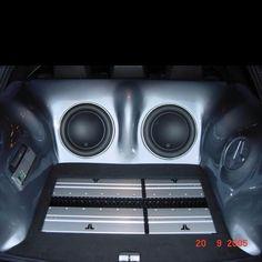 Custom Trucks, Custom Cars, Vehicle Audio, Car Audio Installation, Car Audio Systems, Car Sounds, Old School Cars, Nice, Ideas