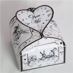 Hearts and Swirls Square Box - Printable template. Alice in wonderland wedding