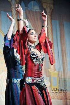 Silvia Salamanca is an internationally acclaimed performer and instructor  from Mallorca, Spain.