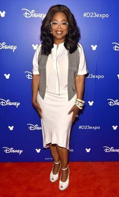 Oprah's Eyeglasses Styles: 14 Iconic Frames Winfrey Wore - Vint & York Alicia Keys, Avril Lavigne, Oprah Winfrey, Jennifer Lopez, Oprah Glasses, Evolution, S Curl, Eyewear Trends, Intelligent Women