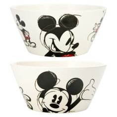 Mickey cereal bowls from Target Mickey Mouse Classroom, Mickey Mouse House, Mickey Mouse Kitchen, Disney Kitchen, Mickey Mouse And Friends, Mickey Minnie Mouse, Disney Home Decor, Disney Crafts, Cozinha Do Mickey Mouse