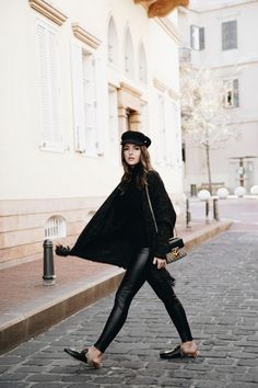 3a5a2c4b556 Black turtleneck sweater+black leather pants+black fur slippers with  print+knit long cardigan+black and taupe Gucci short chain shoulder  bag+black hat.