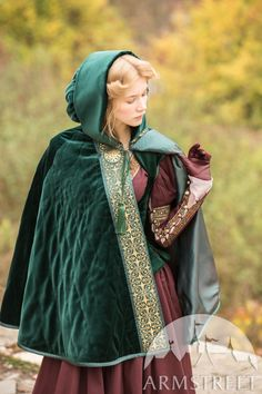 """Inspiration for Lady Cara Velvet Cape """"Found Princess"""" for sale. Available in: bottle green natural velvet, burgundy natural velvet, red wine natural velvet, brass, melchior :: by medieval store ArmStreet Mode Renaissance, Costume Renaissance, Medieval Costume, Renaissance Fashion, Medieval Dress, Medieval Clothing, Historical Clothing, Mode Baroque, Hooded Cloak"""
