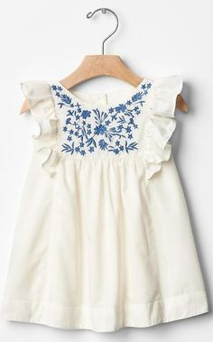 White cotton baby dress with blue floral embroidery. - Baby Girl Dress - Ideas of Baby Girl Dress Little Girl Fashion, Fashion Kids, Little Girl Dresses, Girls Dresses, Dress Girl, Cute Baby Dresses, Blue Dresses, My Baby Girl, Baby Baby