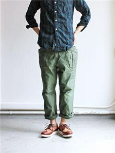 Shop Pants For Men from all the best online stores on Nuji. Military Fashion, Mens Fashion, Fashion Outfits, Athletic Fashion, Well Dressed Men, Men Looks, Work Wear, Cool Outfits, Trousers