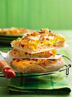 Kürbis-Pizza: http://kochen.gofeminin.de/rezepte/rezept_kurbis-pizza_230192.aspx #pizza