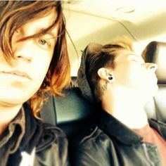 Kellin Quinn  Justin Hills from sleeping with sirens ^.^