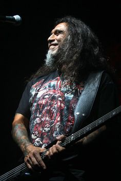 SLAYER! Tom Araya cracks a smile onstage at Hard Rock Live in Orlando (photo by Dan Higgins) #hardrocklive