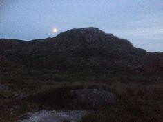 Walking at midnight! Heaven On Earth, June, Walking, Mountains, Nature, Travel, Naturaleza, Viajes, Walks