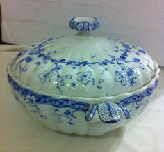 ANTIQUE (1888) KENT FURNIVALS SOUP TUREEN WITH CUTOUT FOR LADLE~FREE SHIPPING!