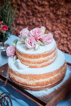 Wedding Food Table Decor Engagement Parties 45 Ideas For 2019 Cake Mix Muffins, Naked Cakes, Diy Wedding Cake, Dress Wedding, Wedding Blog, Wedding Decor, Rustic Cake, Simple Weddings, Sweet 16