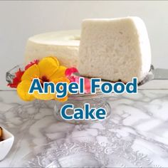 Angel Food Cake Light as a feather, not too sweet, tender and moist Angel Food Cake is possible with the right ingredients and, especially, with the right technique. I baked 8 versions of this recipe to find how exactly how to make the best cake possible. Angel Cake, Angel Food Cake, Just Desserts, Delicious Desserts, Yummy Food, Light Desserts, Sweet Recipes, Cake Recipes, Dessert Recipes