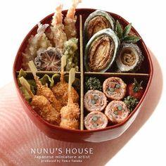 行楽弁当三段重の一つ。 もう半袖か迷うぐらい! #ミニチュア #miniature #お弁当