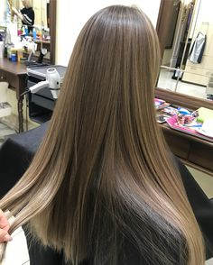 Top 13 Pastel Purple Hair Color Ideas You'll See in 2019 - Style My Hairs Brown Blonde Hair, Light Brown Hair, Brunette Hair, Hair Inspo, Hair Inspiration, Pastel Purple Hair, Pinterest Hair, Hair Highlights, Balayage Hair