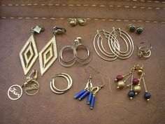 Destash lot of 10 pair vintage gold tone metal studs by badgestuff, $9.00