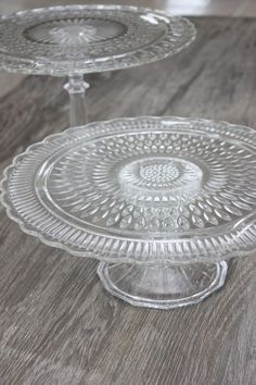 Quick & easy DIY cake stands