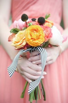love the striped ribbon! Photography by carlateneyck.com | smp