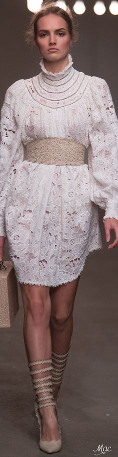 Spring 2016 Ready-to-Wear Zimmermann
