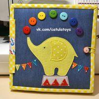 РАЗВИВАЮЩИЕ КНИЖКИ*CATULA*Совместные пошивы Diy Quiet Books, Baby Quiet Book, Felt Quiet Books, Book Crafts, Diy And Crafts, Crafts For Kids, Binding Quiet Book, Touch And Feel Book, Patchwork Baby