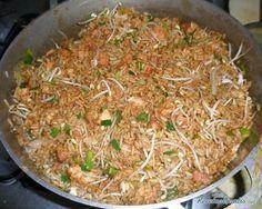 Receta de Arroz chino casero - Fácil - 7 pasos Rice Recipes, Asian Recipes, Healthy Recipes, Ethnic Recipes, Best Rice Recipe Ever, Wok, Kitchen Recipes, Cooking Recipes, Colombian Cuisine