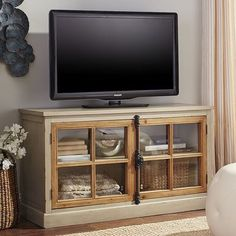 "Cremone Linen Gray Pine Wood 50"" TV Stand"