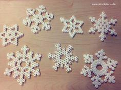 Schneeflocken aus Bügelperlen
