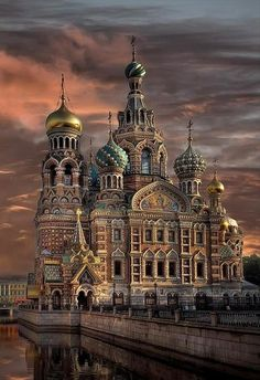 St. Petersburg, Russia (beautiful castles from around the world)