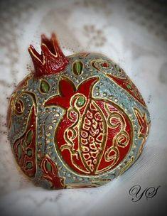 By @artmodi Grenade Fruit, Pomegranate Art, Armenian Culture, Iranian Art, Mandala Painting, Jewish Art, Arte Popular, Fruit Art, Ceramic Art