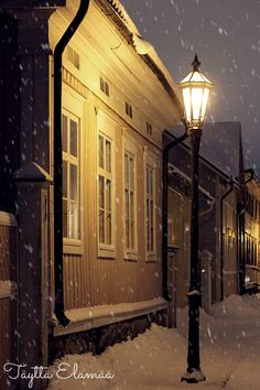 Kokkola, Central Ostrobothnia province of Western Finland - Keski-Pohjanmaa Helsinki, Urban Beauty, Winter Images, Dark Places, Town And Country, Interesting History, Great Memories, Old Town, Old Houses